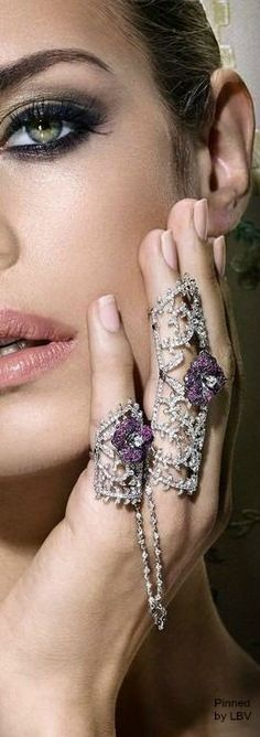 Noudar Winter Rose a beauty bling jewelry fashion