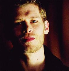 now serving all of your Klaus Mikaelson thirst