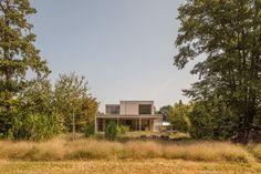 Galería de Casa en el Lago Biel / Markus Schietsch Architekten - 3