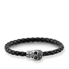 Bangles, leather straps and silver bracelets for men ensure coolness on the wrist. Discover men's bracelets by THOMAS SABO now Gold And Silver Bracelets, Cheap Silver Rings, Bracelets For Men, Bangle Bracelets, Leather Bracelets, Lariat Necklace, Women's Earrings, Silver Earrings