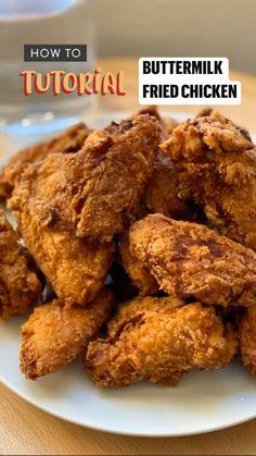 Best Fried Chicken Recipe, Buttermilk Fried Chicken, Chicken Wing Recipes, Fried Chicken Dinner, Southern Fried Pork Chops, Cooking Recipes, Cooking Videos, Food Dishes, Manga Cat