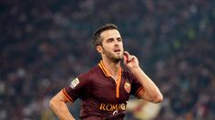 TZ   Bayern have reached an agreement to sign Roma's Miralem Pjanić. The club will have to pay his 38m clause