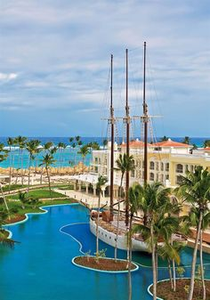 Iberostar Grand Hotel Bavaro All inclusive - Hotels.com - Hotel rooms with reviews. Discounts and Deals on 85,000 hotels worldwide
