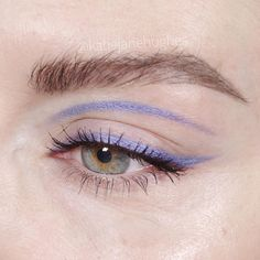Whenever you do eye makeup, make your eyes look brighter. Your eye make-up need to make your eyes stand out among the other functions of your face. Eye Makeup Art, Clown Makeup, Eye Makeup Tips, Cute Makeup, Pretty Makeup, Makeup Inspo, Makeup Inspiration, Beauty Makeup, Makeup Ideas