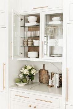 Küchen Design, Home Design, Home Interior Design, Interior Decorating, Interior Colors, Interior Livingroom, Home Decor Kitchen, Home Kitchens, Kitchen Countertop Decor