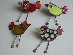 Whimsical Chicken Pins | Elza Pereira - Joias Esmalte
