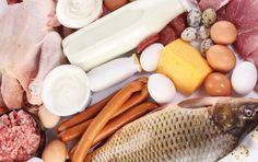 ALIMENTOS QUE FORTALECEM AS UNHAS E CABELOS >>> A proteína é o principal elemento para deixar suas unhas e cabelos mais fortes. Ela está presente em muitos alimentos como: Carnes magras, grãos, lentilha, brócolis, banana, aveia, ovo e muitos outros.