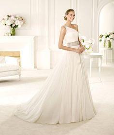 Manuel Mota for Pronovias Wedding Dresses Photos on WeddingWire