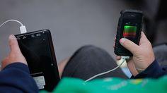 Conozca cómo la vida de batería de su 'smartphone' puede ser utilizada para invadir su privacidad