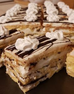 Hungarian Desserts, Hungarian Recipes, Winter Food, Tiramisu, Cocoa, Food And Drink, Pie, Cookies, Baking