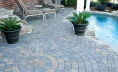 Plaza Stone IV Circle Pack with Rectangle and Square Paver Patio