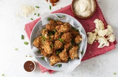Cauliflower Wings - A Better Choice Tasty Cauliflower, Cauliflower Wings, Fruit And Veg Shop, Light Recipes, Dairy Free Recipes, Main Meals, Fruits And Vegetables, Entrees, Free Food