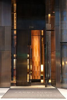 Make every detail counts with our selection of hotel doors Main Door Design, Entrance Design, Main Entrance, Entrance Doors, Lobby Interior, Interior Door, Interior Architecture, Hotel Door, Lobby Design