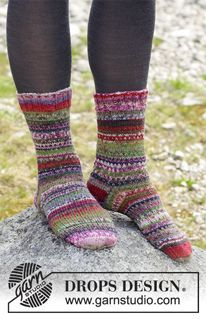 b52fce1b1bc8 Rock Socks - Knitted socks with multi-colored stripes. The piece is worked  in DROPS Fabel. - Free pattern by DROPS Design