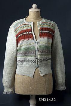 Digitalt Museum - Bohus Stickning. Kofta. Röda randen (A-L M L) Vintage Knitting, Hand Knitting, Drops Baby, How To Purl Knit, Drops Design, Pretty Outfits, Pretty Clothes, Ravelry, Knitwear