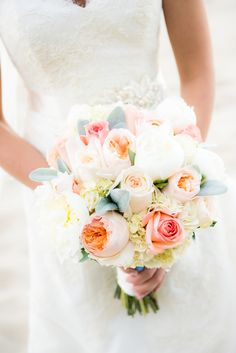 Ivory and Peach Wedding at White Cliffs Country Club - Fab You Bliss