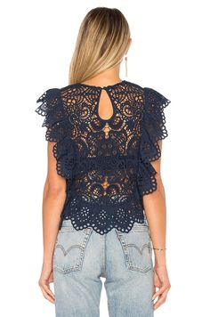 Nightcap Eyelet Apron Top в цвете Navy Dress Neck Designs, Blouse Designs, Casual Dresses, Fashion Dresses, Trendy Tops, Blouse Styles, Lace Tops, Crochet Clothes, Beautiful Outfits