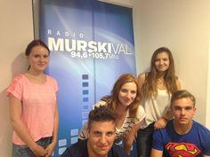 Praktikanti Srednje šole za oblikovanje Maribor pred novimi izzivi na dvotedenski praksi na Radiu Murski val. Pravijo, da je razkorak med šolo in prakso še vedno prevelik...