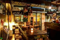 Enoteca L'Ombra che Conts Abano Terme  https://www.tripadvisor.it/Restaurant_Review-g194659-d2510743-Reviews-L_Ombra_che_Conta-Abano_Terme_Province_of_Padua_Veneto.html
