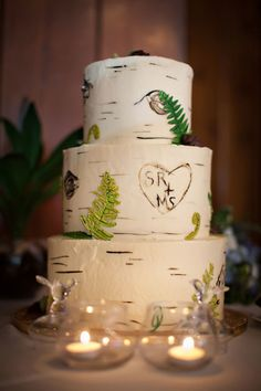 Another amazing outdoors-y wedding cake! Estes Park Weddings | Colorado Weddings Magazine, Estes Park