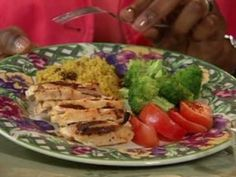Learn how to create your plate, so you can eat a well balanced meal and stay healthy.