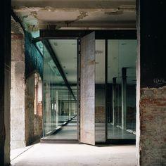 Intermediae Matadero Madrid ArturoFranco love these contemporary contours