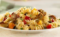 Looking for an authentic Italian recipe? Try Barilla's step-by-step recipe for Barilla® Rotini Salad with Artichokes, Black Olives, Capers, Roasted Peppers & Parmigiano for a delicious meal! Roasted Artichoke Recipe, Artichoke Recipes, Artichoke Dip, Barilla Recipes, Pasta Salad Recipes, Pasta Meals, Pesto, Quinoa, Yogurt