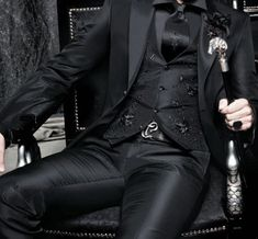 He relaxed into his lavish chair, hi eyes settled on the stain on her shirt, he wrinkled his nose in disdain Mafia, Kaz Brekker, Six Of Crows, Hades And Persephone, Poses References, Red Hood, Character Aesthetic, Catwoman, Look Cool