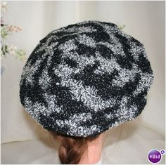 Vintage 1970 Black Grey Knit Hat Beret