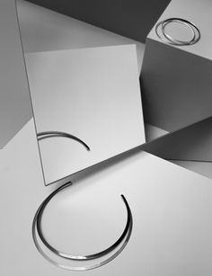 .minimalistic jewelery