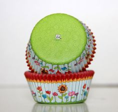 Sunflower Cupcake Papers 50 pc Baking Cups Liners by TrulyTina