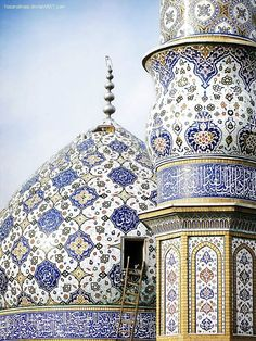 Persian mosque. Islamic art is so beautiful. http://www.designhome.ae/category/architecture_design/                                                                                                                                                      More