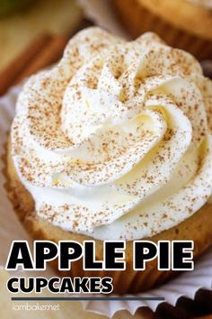Craving for apple pie cupcakes? Make this Apple Pie Cupcakes. These Apple Pie Cupcakes are perfectly spiced cupcake stuffed with apple pie filling and topped with a light whipped topping. The perfect way to get your Apple Pie fix! Make this easy apple pie Apple Pie Recipe Easy, Apple Pie Recipes, Baking Recipes, Recipes For Apples, Desserts With Apples, Easy Apple Desserts, Fall Dessert Recipes, Delicious Desserts, Thanksgiving Desserts