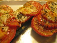 Squash med Pesto, Tomat og Ost