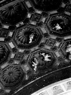 Duomo by Federico Poletti #flyinghorse #chase #milan #duomo #blackandwhite #photo