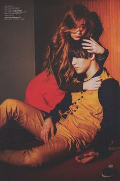 Taemin & Krystal = W Korea Magazine August Issue Human Poses Reference, Pose Reference Photo, Portrait Inspiration, Character Inspiration, Krystal Jung, Korean Couple, Art Poses, Action Poses, Couple Posing