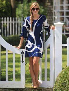 A flattering fit + pretty ruffled sleeve + fun, classic print = the perfect dress.