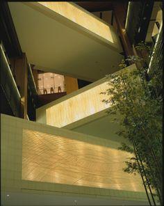 東京ミッドタウン/和紙 - 堀木エリ子/建築空間における和紙造形の創造