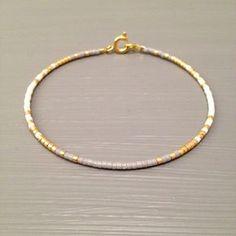 Gefüllt Armband Bead Gold Goldarmband winzigen von ToccoDiLustro