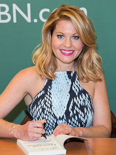 Star Tracks: Thursday, August 6, 2015 | THE WRITE STUFF | Fuller House star Candace Cameron Bure promotes her new book Dancing Through Life in N.Y.C. on Wednesday.