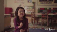 La gente de Jubilee Project tiene la intención de, a través de pequeños videos, generar un cambio en la mente de aquellos que lo miren. Por eso juntaron un grupo de niños y les preguntaron qué es el amor.