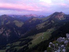 Sonnenaufgangstour über die Himmelmoosalm auf den Brünnstein (1.634 m).