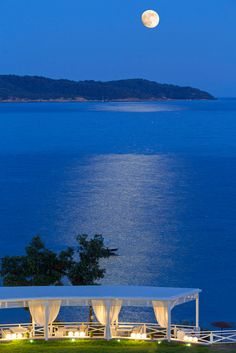 """Kassandra Bay Resort"" in Skiathos/www.kassandrabay.com/"
