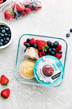 Aug 2018 - 1 Month of Healthy School Lunches with 2 Hours of Prep! Kids Packed Lunch, Healthy Packed Lunches, Lunch Snacks, Healthy Meal Prep, Healthy Snacks, Kid Snacks, Healthy Eating, Healthy School Lunches, Work Lunches