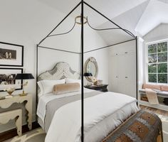 Famous folk at home: A look at Gwyneth Paltrows newest home in Brentwood, Los Angeles