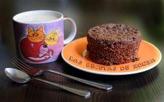 BIZCOCHO EXPRESS DE CHOCOLATE | Las Recetas de Xonia ... para Dukan Mug Recipes, Great Recipes, Healthy Desserts, Healthy Recipes, Healthy Food, Dukan Diet Recipes, Microwave Recipes, Sin Gluten, Low Carb