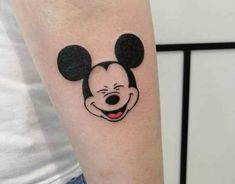 Mickey tatooo disney tattoos small, mickey tattoo и inkbox t Mini Tattoos, Head Tattoos, Wolf Tattoos, Trendy Tattoos, Finger Tattoos, Cute Tattoos, Sleeve Tattoos, Tatoos, Mickey Tattoo