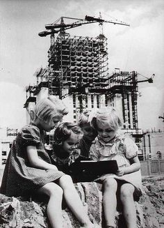 Warsawa, kids playing with tablet :))) Russian Architecture, Art And Architecture, Mobile Photos, World Pictures, Old Soul, Under Construction, Homeland, Kids Playing, Vintage Photos