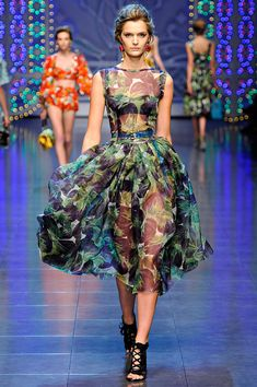 Dolce & Gabbana Spring 2012 RTW - Review - Collections - Vogue