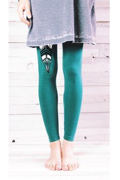 FEATHER YOGA LEGGINGS - YOGA LEGGINGS - YOGA PANTS - YOGA LEGGINGS - YOGA PANTS